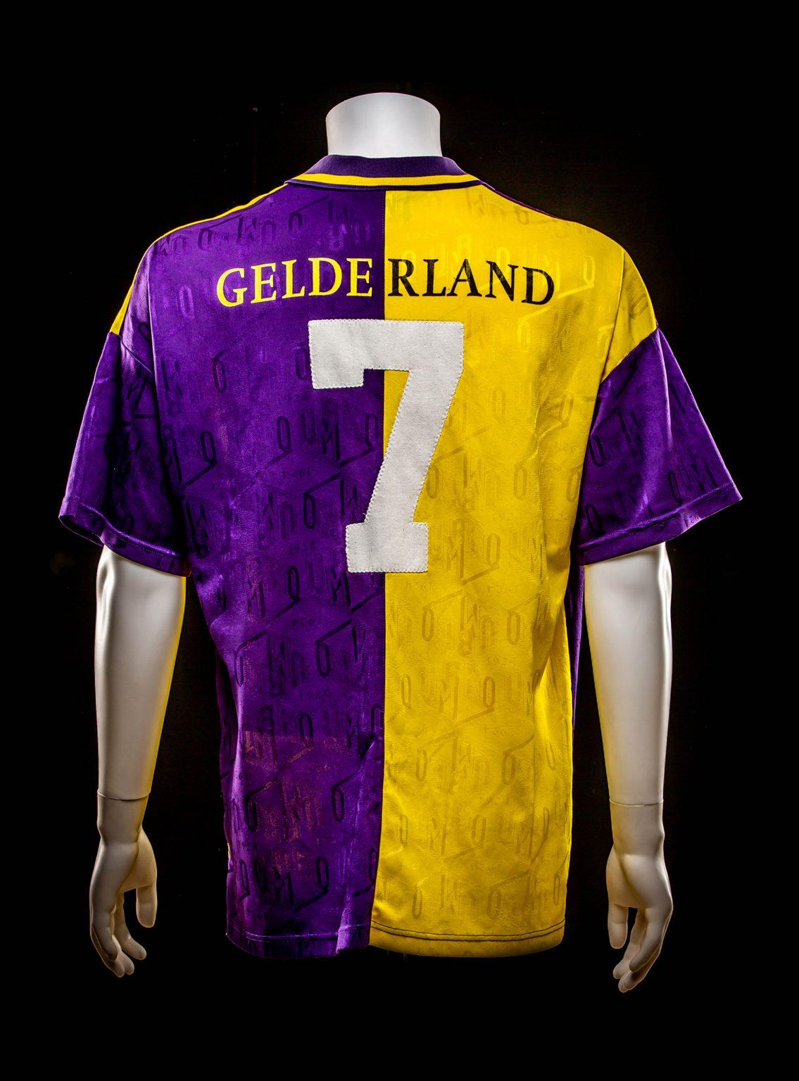 #7 Philip Cocu Vitesse 1994-1997