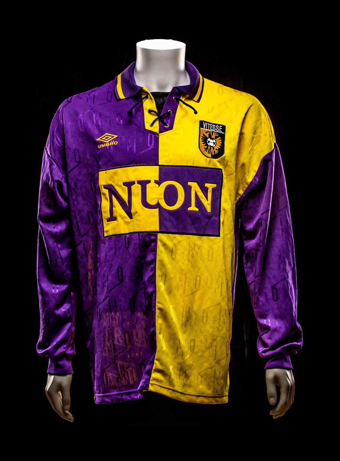 #5 Bart Latuheru Vitesse 1994-1997