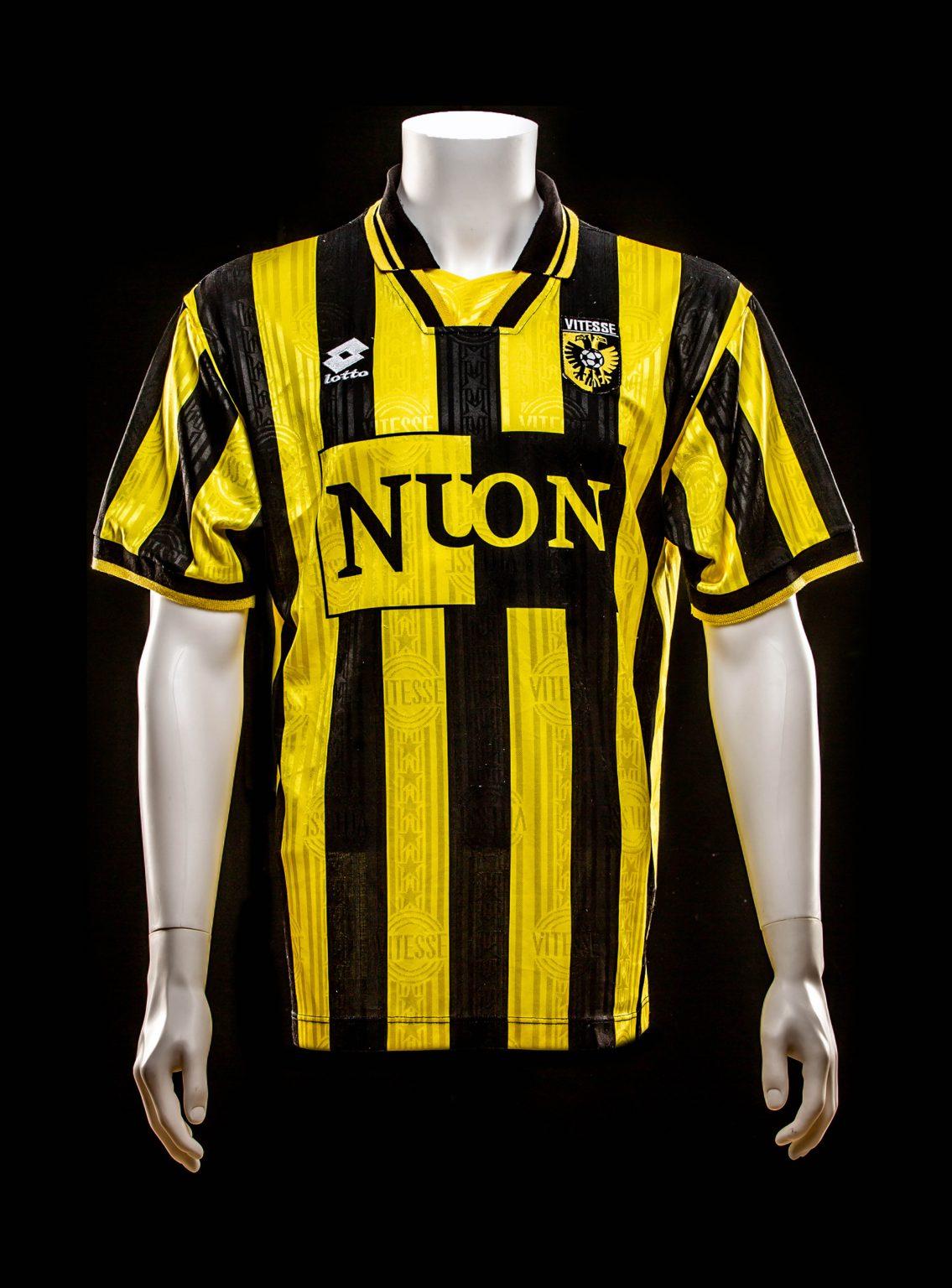#14 Dejan Curovic Vitesse 1997-1999 (Eigendom Kasper van Dijk)