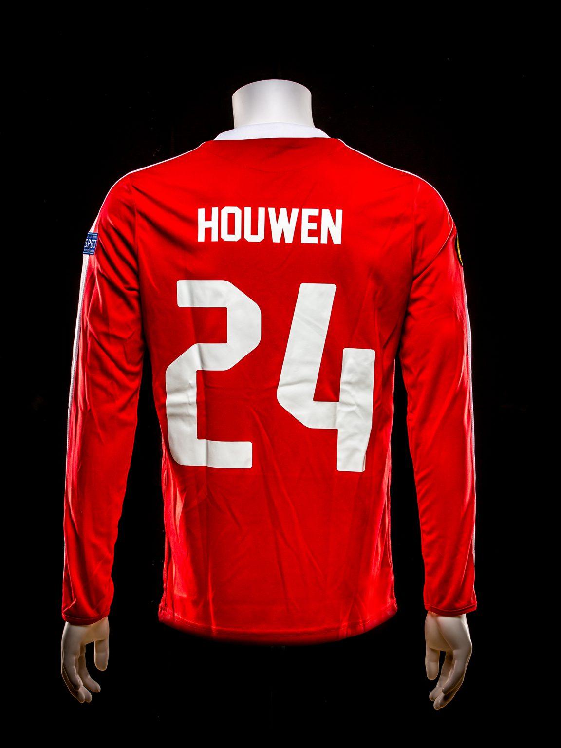 #24 Jeroen Houwen