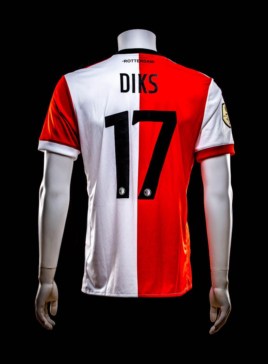#17 Kevin Diks
