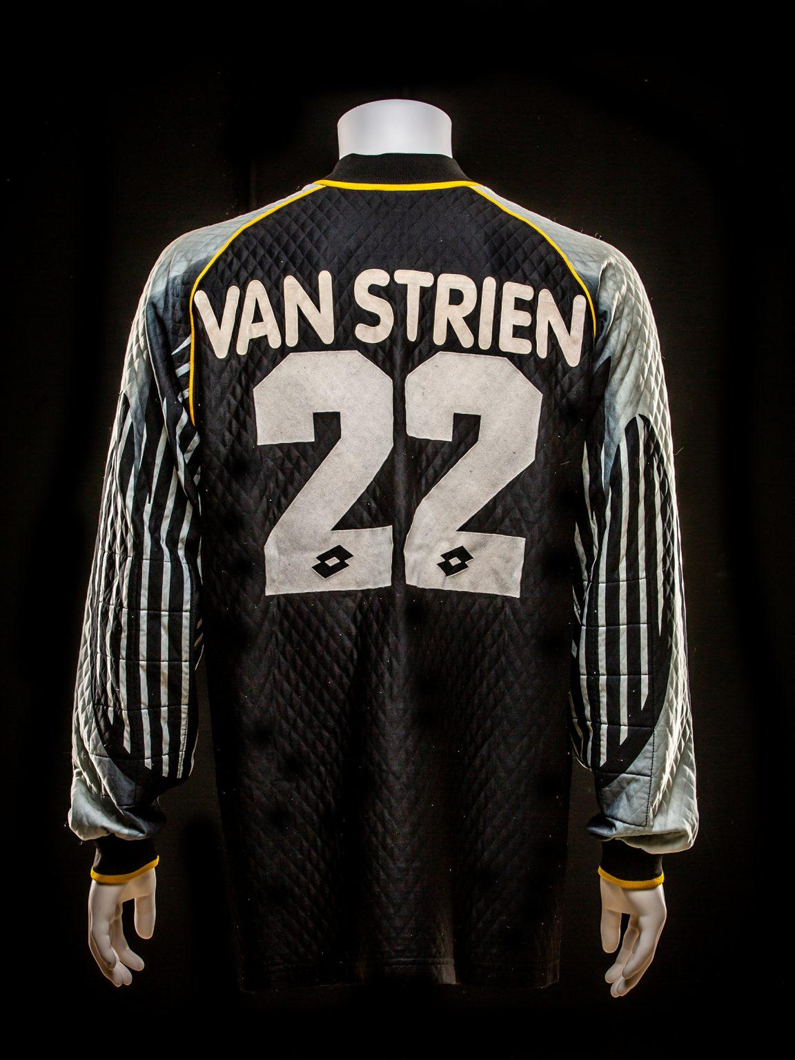 #12 Martijn Van Strien