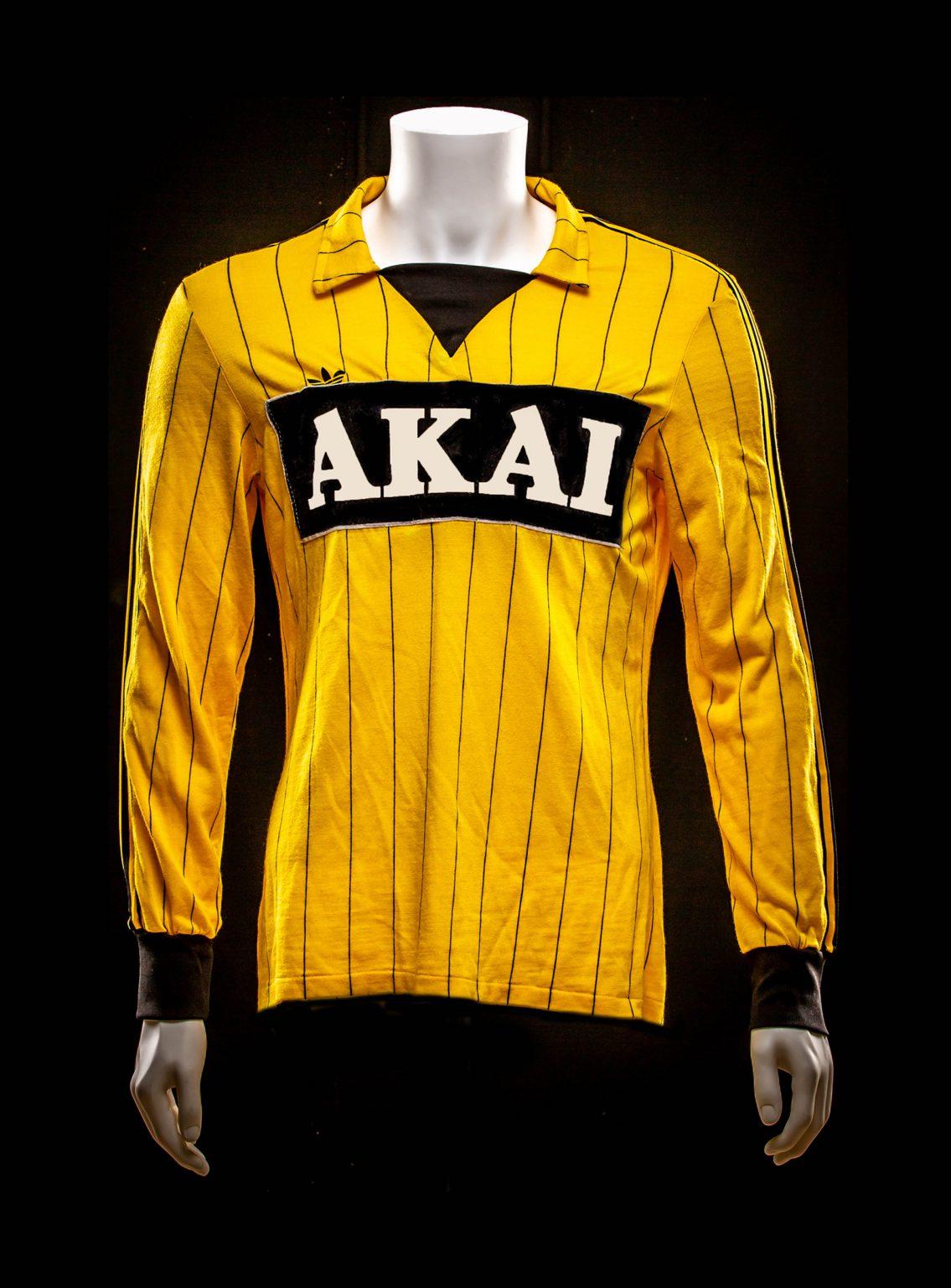 # 14 Ron Stoffelen Vitesse 1982-1983