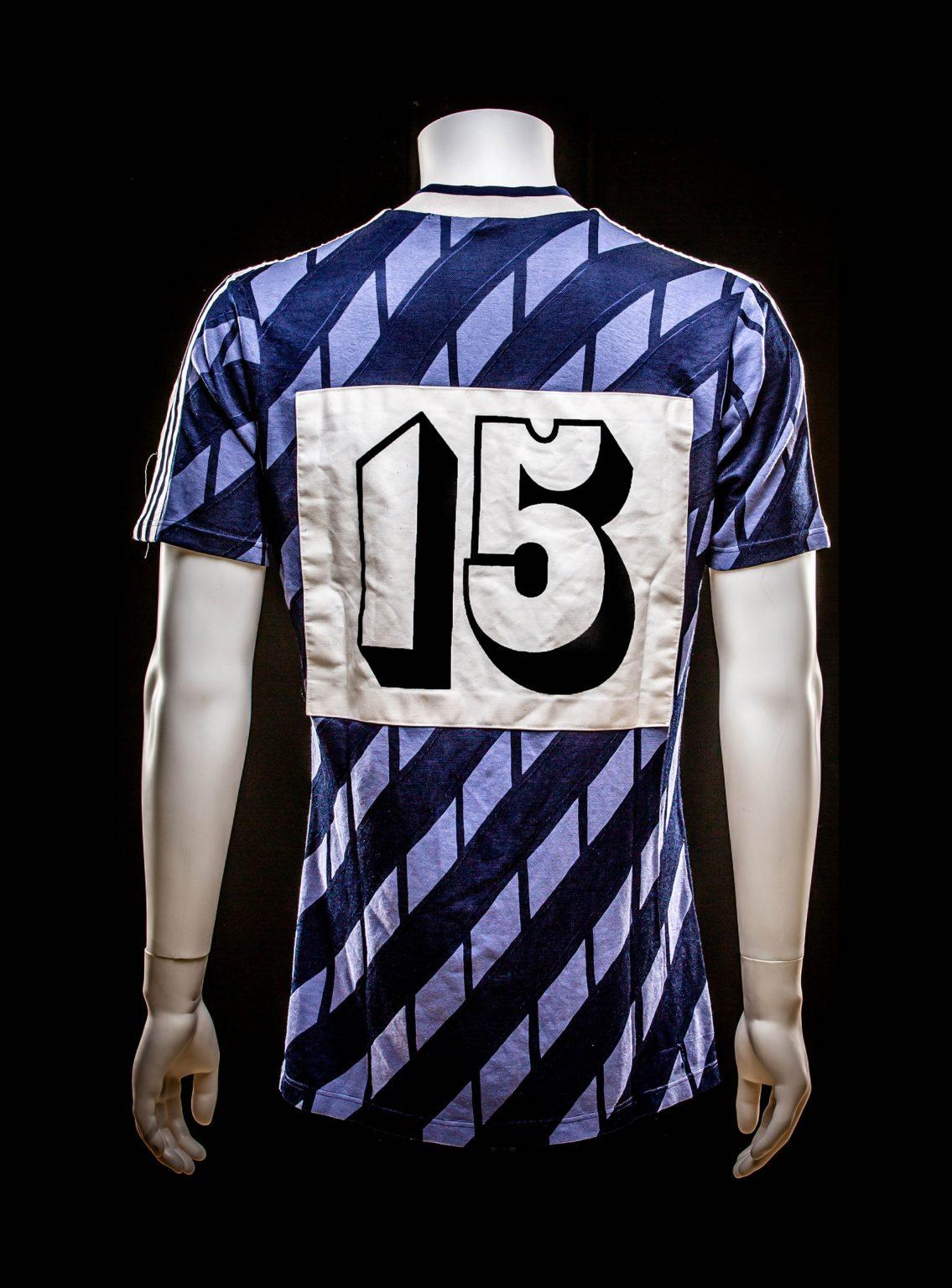 #15 Ricardo Gil y Muinos Vitesse 1987-1989