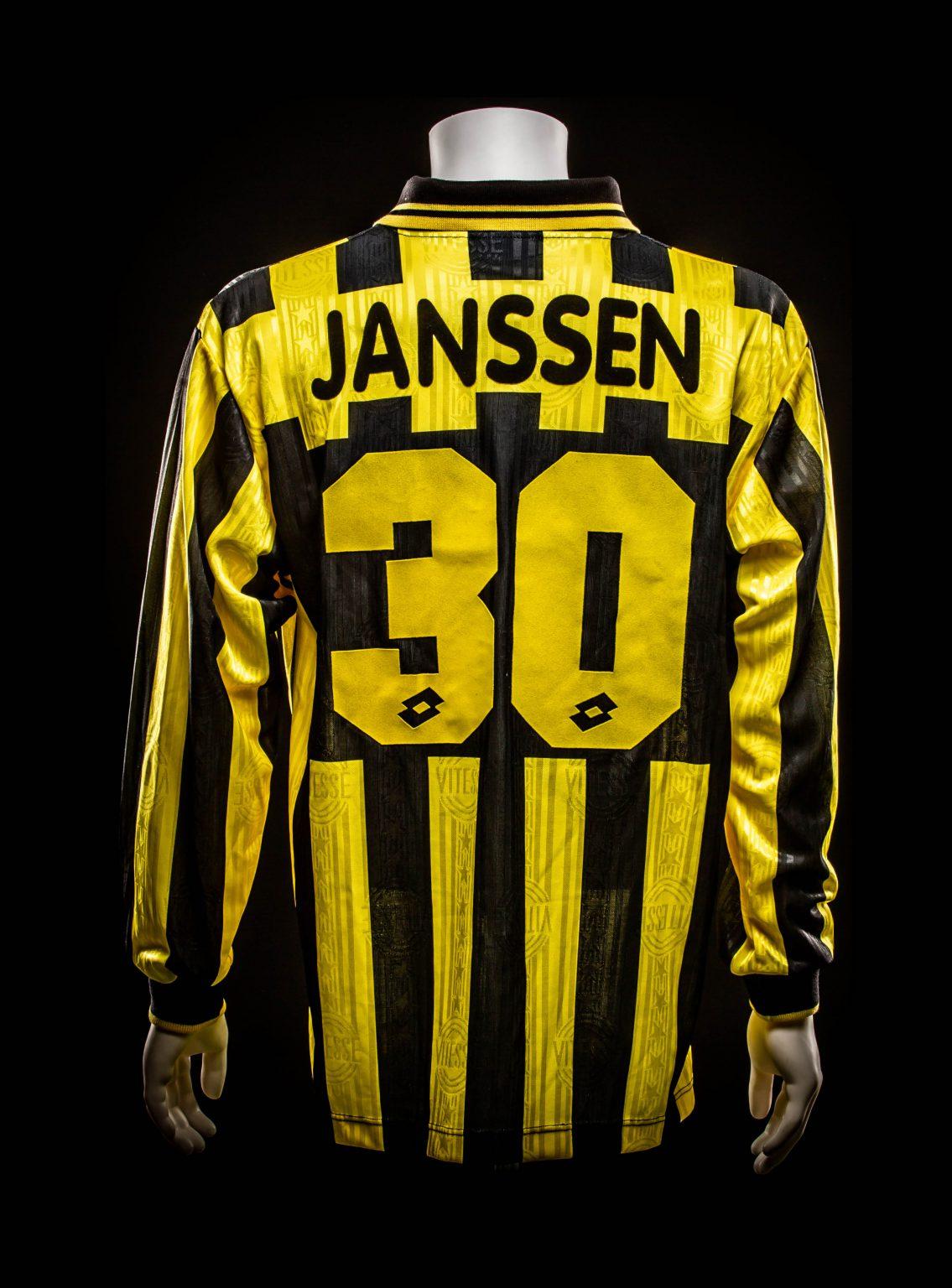 #30 Theo Janssen Vitesse 1997-1999