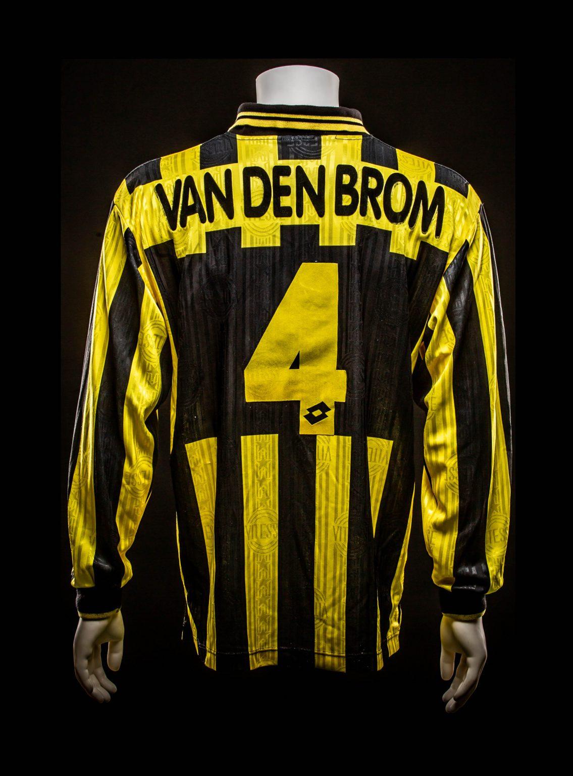 #4 John van den Brom Vitesse 1997-1999