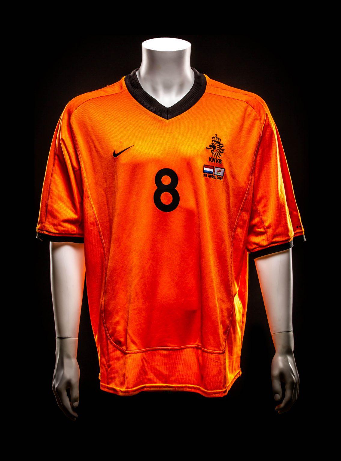 #8 Philip Cocu 2001