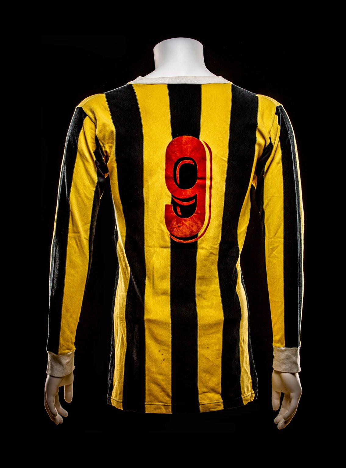 #9 Bennie Hofs Vitesse Shirt 1975-1976