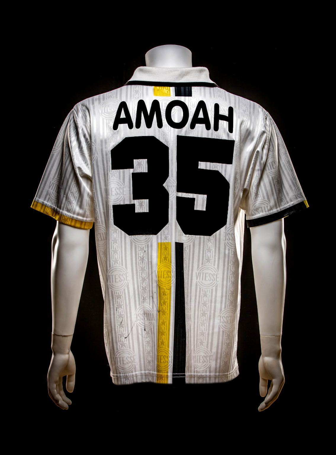 #35 Matthew Amoah Europees tegen AEK Athene
