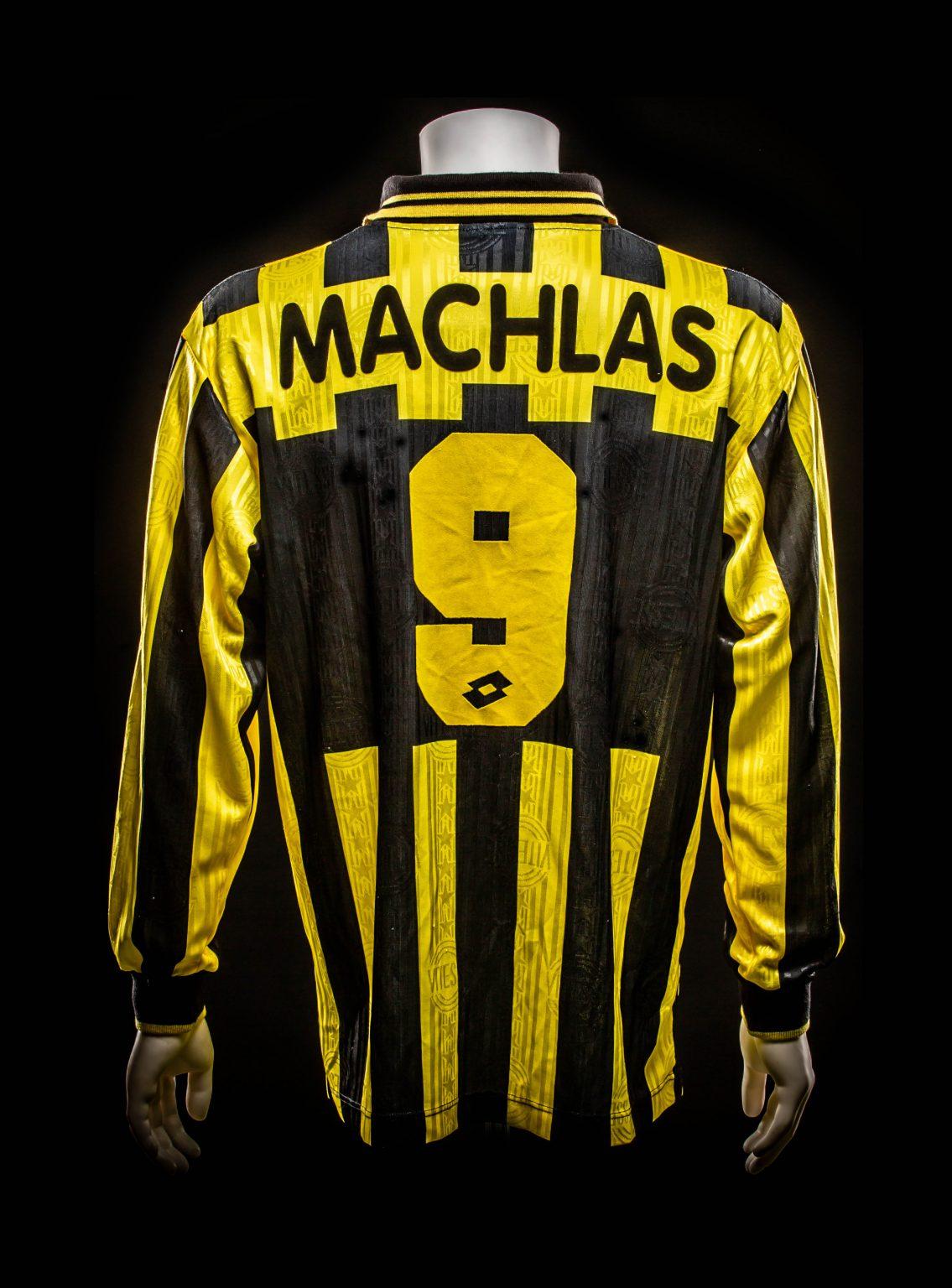 #9 Nikos Machlas